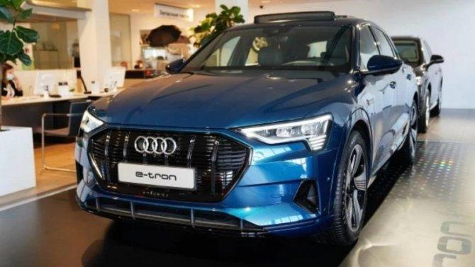 Электрокроссоверы Audi e-Тron нашли первых покупателей вРоссии