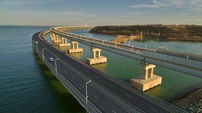 Задва месяца поКрымскому мосту проехало более миллиона машин