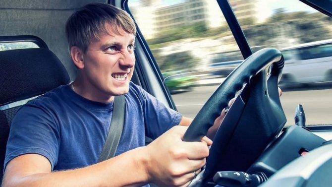 Автохулиганов могут начать лишать водительских прав