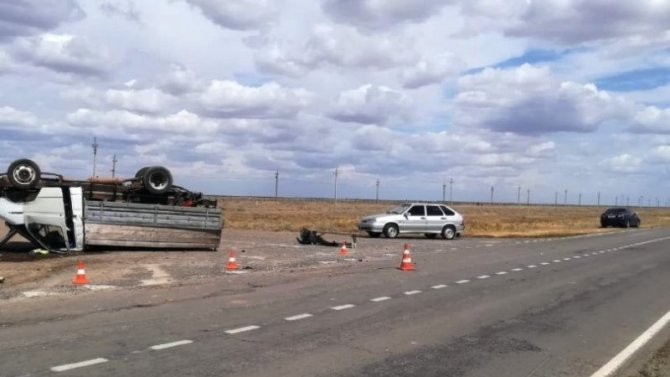 В ДТП под Астраханью пострадали пять человек
