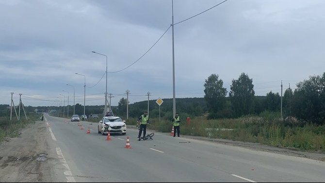 В Екатеринбурге насмерть сбили велосипедиста