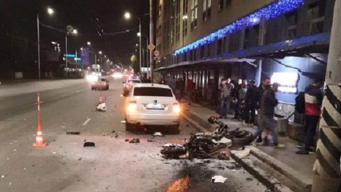 В Омске в ДТП погиб мотоциклист
