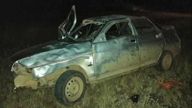 В Тоцком районе при опрокидывании ВАЗа погиб водитель
