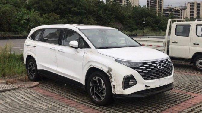 Минивэн Hyundai Custo готовится кпремьере