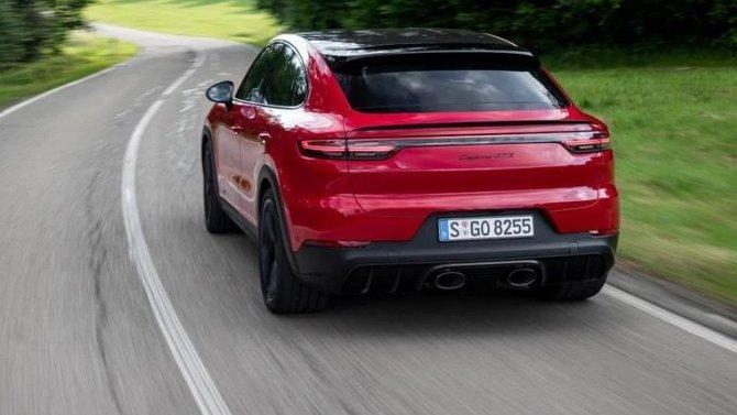 Кроссовер Porsche Cayenne GTS получил новый выхлоп