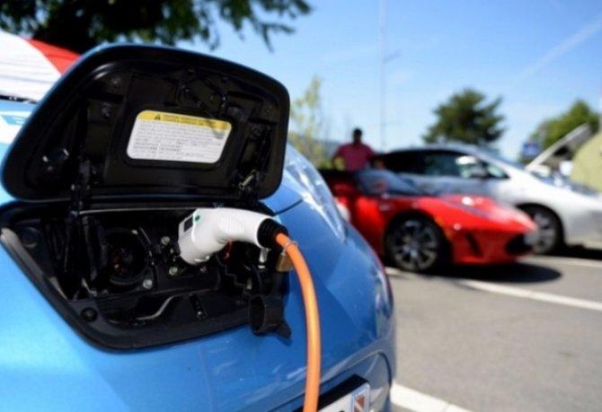 Зарядка для электромобиля 2