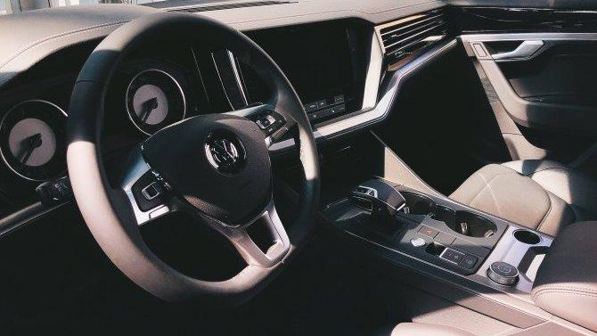 Volkswagen Touareg с выгодой до 655 000 рублей