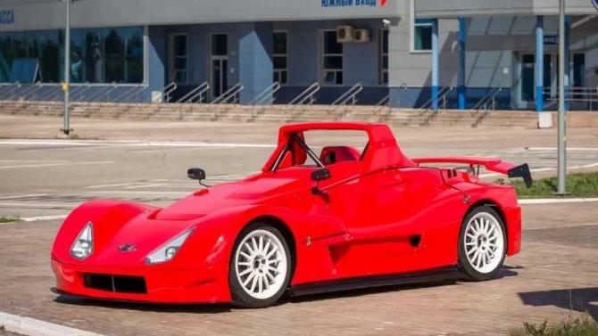 Напродажу выставлены гоночные болиды Lada Revolution