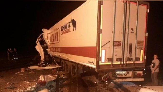 В ДТП с грузовиком в Краснодарском крае погиб человек