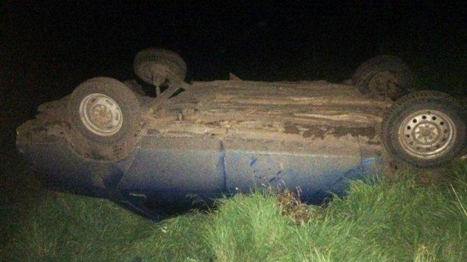 Молодой водитель погиб при опрокидывании ВАЗа в Башкирии