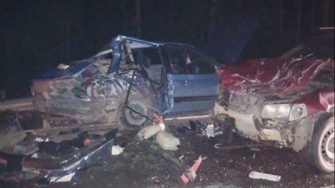 Два человека пострадали в ДТП в Киришском районе Ленобласти