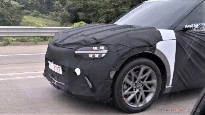 Прототип электромобиля GenesisEV получил камеры зеркал