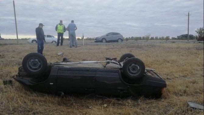 Два человека погибли в ДТП с грузовиком в Ростовской области