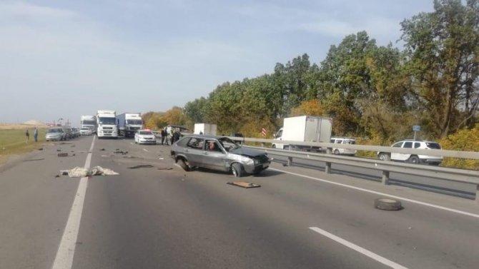 Под Рязанью при опрокидывании ВАЗа погиб пассажир