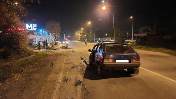 Четыре человека пострадали в массовом ДТП в Нижнем Тагиле