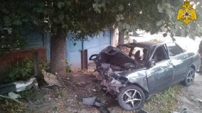 В ДТП в Почепе погиб молодой водитель