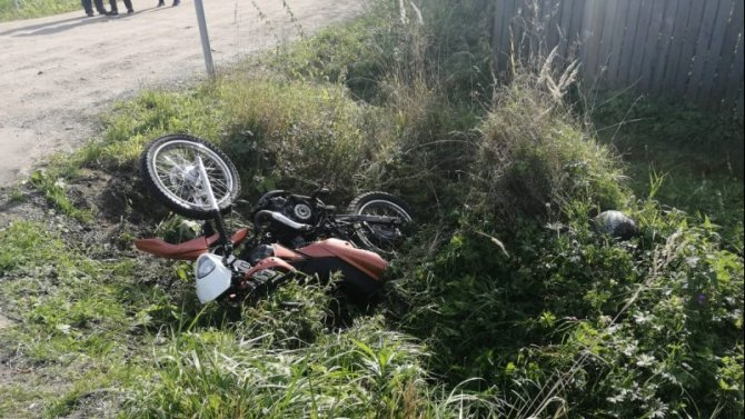 Мотоциклист пострадал в ДТП в Тверской области