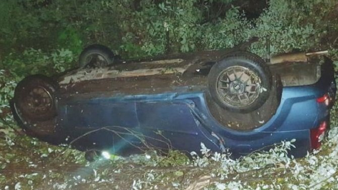 После ДТП в Ленобласти водитель бросил мертвого пассажира и сбежал