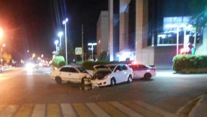 Восемь человек пострадали в ДТП в Ярославле