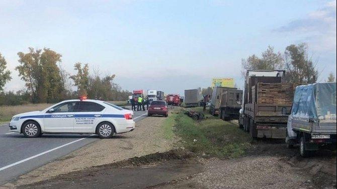 Пять человек погибли в ДТП в Иркутской области