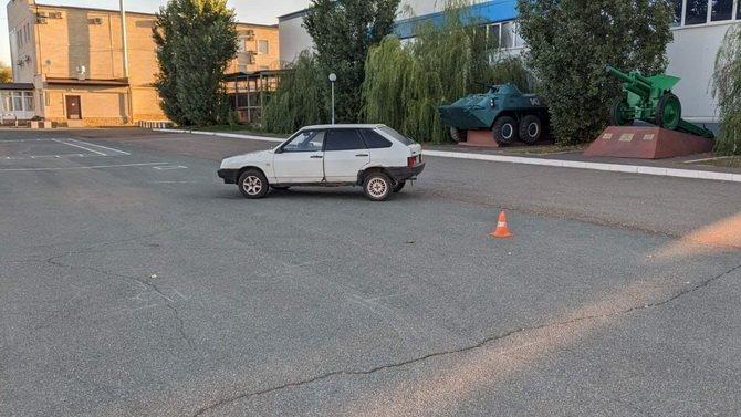 Подросток погиб в ДТП в Оренбургском районе, упав с капота