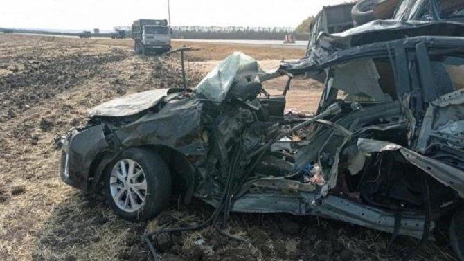 Три человека погибли в ДТП в Острогожском районе Воронежской области