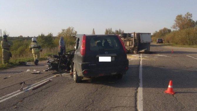 Водитель иномарки погиб в ДТП под Череповцом