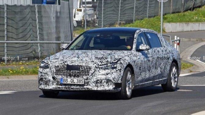Новый Mercedes-Maybach останется спрежним двигателем