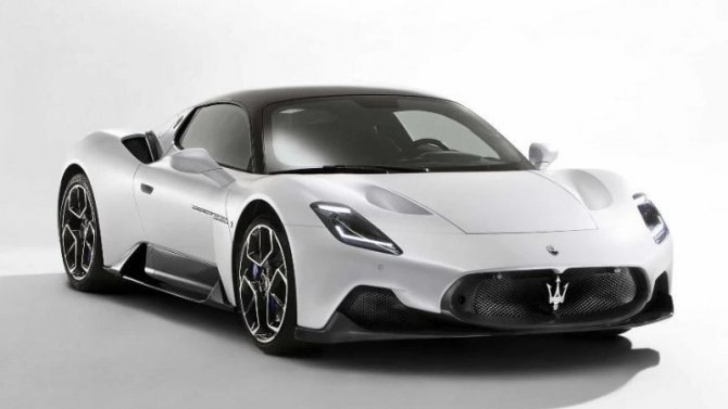 Maserati MC20 «подал голос»