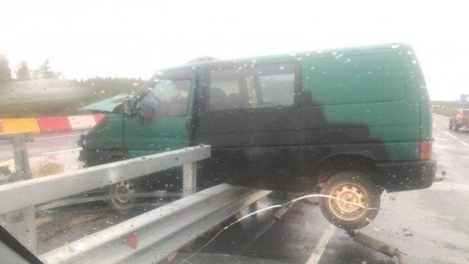 Девушка и мальчик пострадали в ДТП на трассе «Кола»