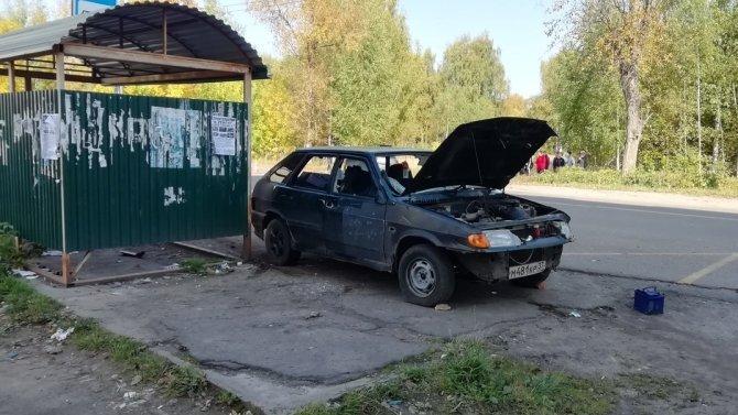 В Ивановской области автомобиль сбил на переходе женщину с ребенком