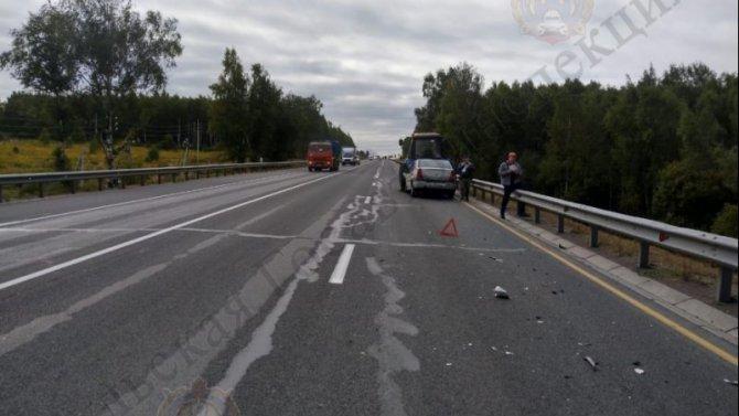 Молодой мужчина пострадал в ДТП с трактором в Тульской области