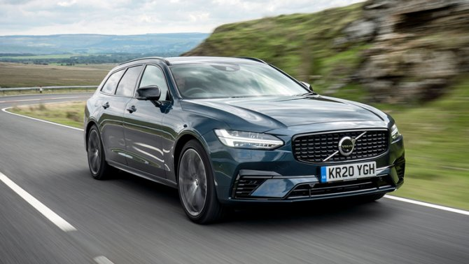 2 Volvo V90 Recharge T6