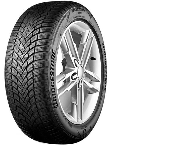 1 Автомобильная шина Bridgestone Blizzak LM005 зимняя