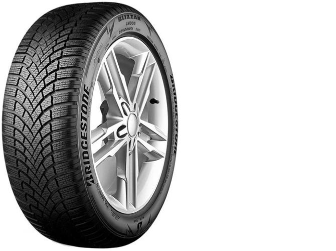 2 Автомобильная шина Bridgestone Blizzak LM005 зимняя