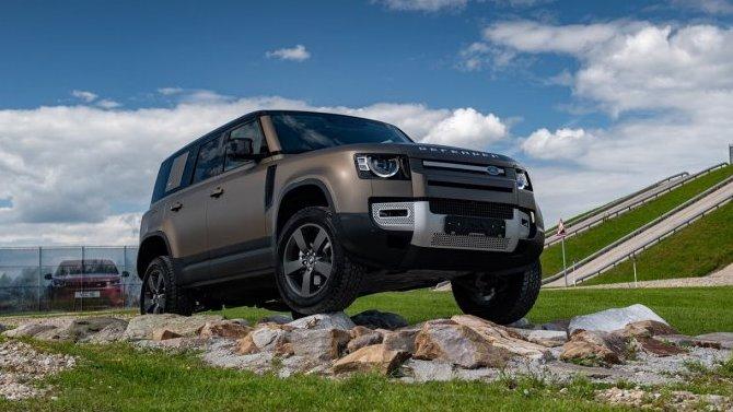 Премьерный тест-драйв нового Land Rover Defender от «АВИЛОН»