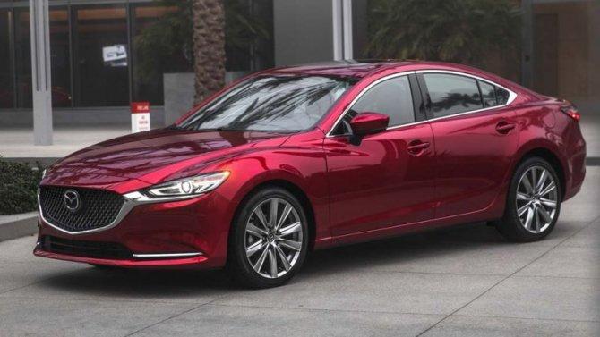 ВРоссию привезли специальные версии двух моделей Mazda