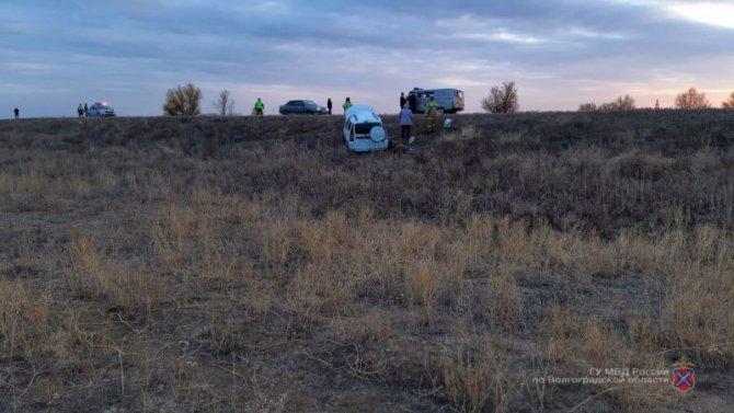 Водитель «Лады» погиб в ДТП в Волгоградской области