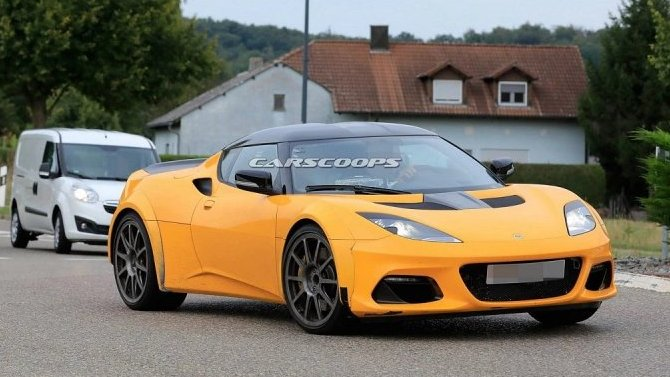 Появились снимки обновлённого Lotus Esprit