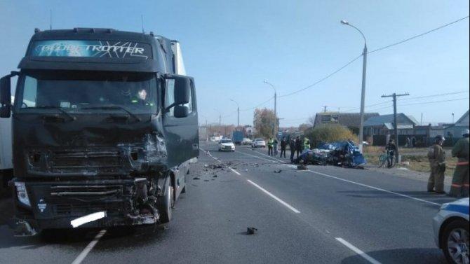 Под Пензой в ДТП с фурой погиб водитель «Лады»