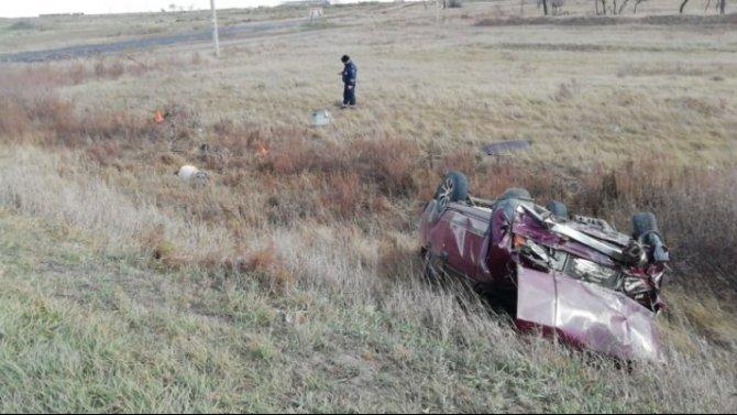 Мужчина погиб при опрокидывании ВАЗа в Купинском районе Новосибирской области