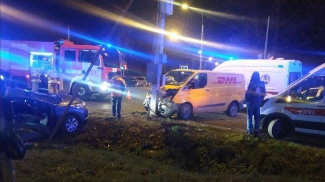 Два человека пострадали в ДТП в Красносельском районе Петербурга