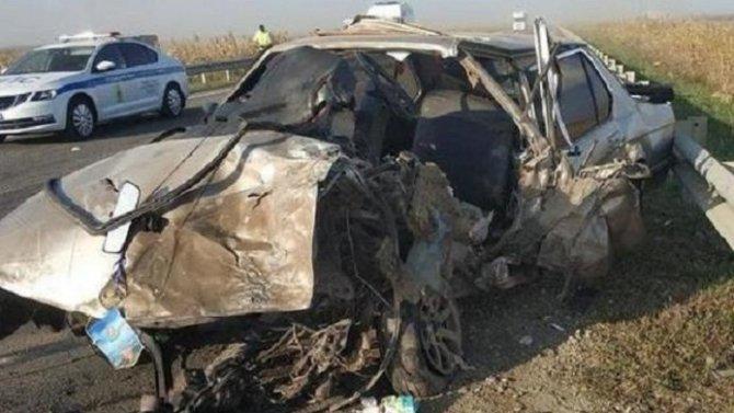 Три человека пострадали в ДТП с КамАЗом в Краснодарском крае