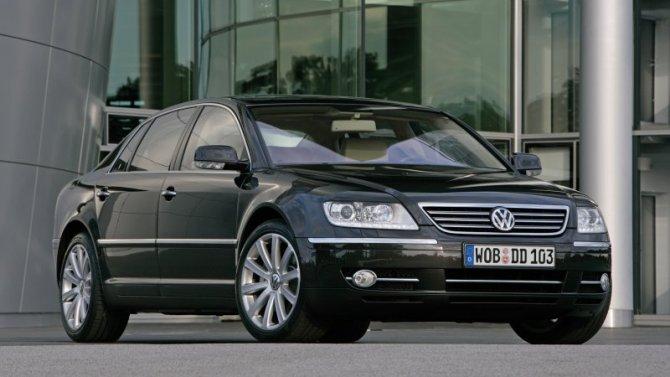 У Volkswagen Phaeton «срывает крышу»