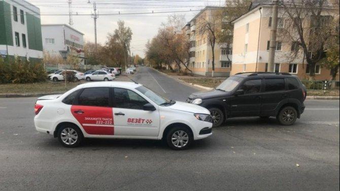 22-летняя пассажирка такси пострадала в ДТП в Саранске