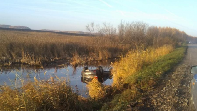 ВТюменской области пьяный водитель утонул вместе с машиной