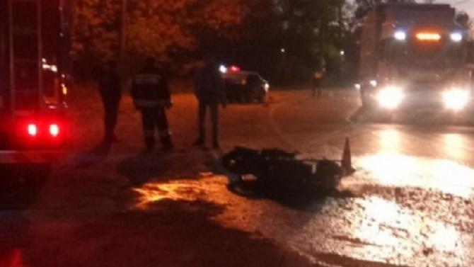 Мужчина и женщина погибли в ДТП с мотоциклом в Ярославле