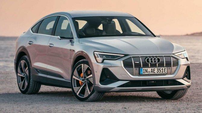 Audi e-Тron получит «умные» фары