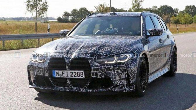 Наиспытания выехал «заряженный» универсал BMW M3 Touring