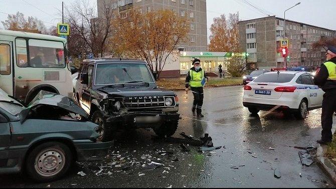 Ехала в коробке: в Первоуральске в ДТП пострадала 2-месячная девочка